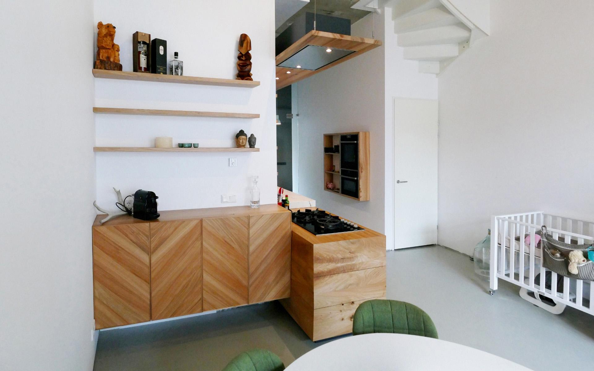 Keuken Onder Trap : Iepenhouten keuken te breda studio sool keukens