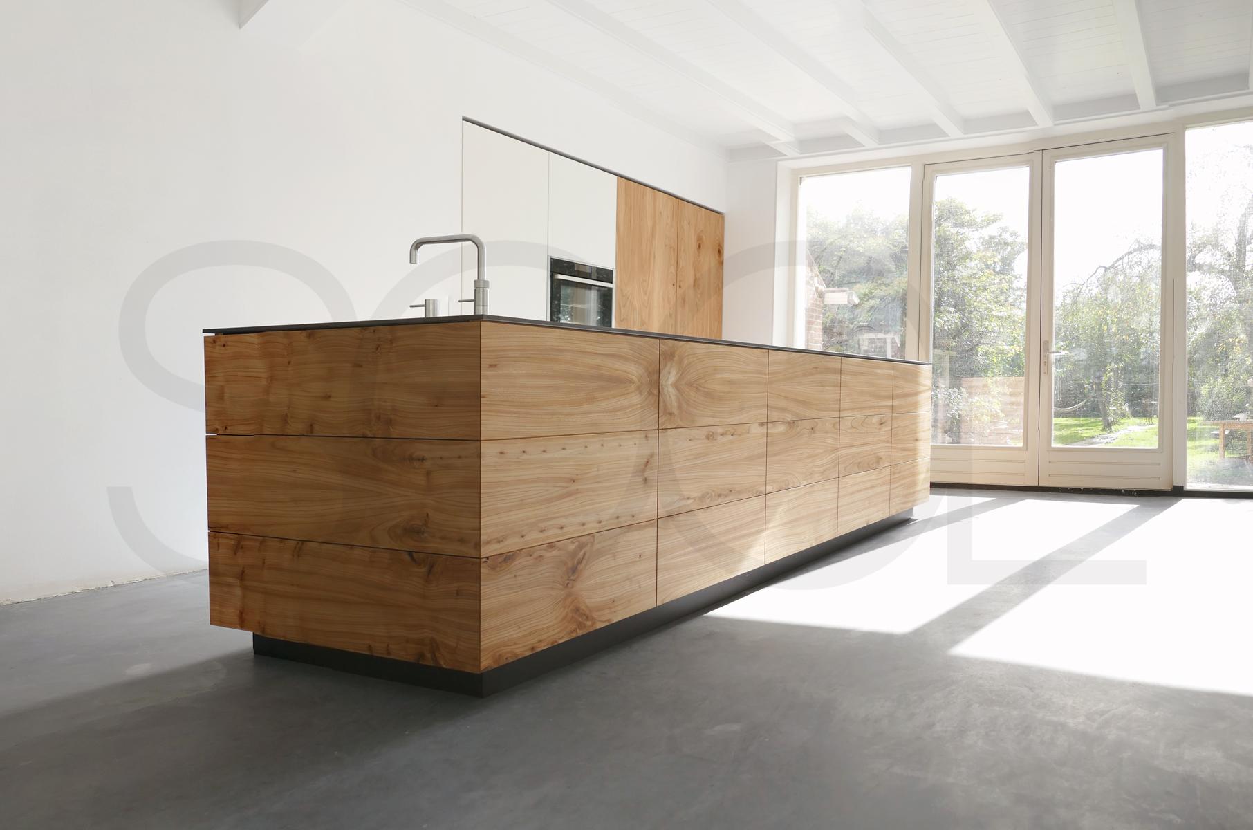 iepenhout keuken te Hijken